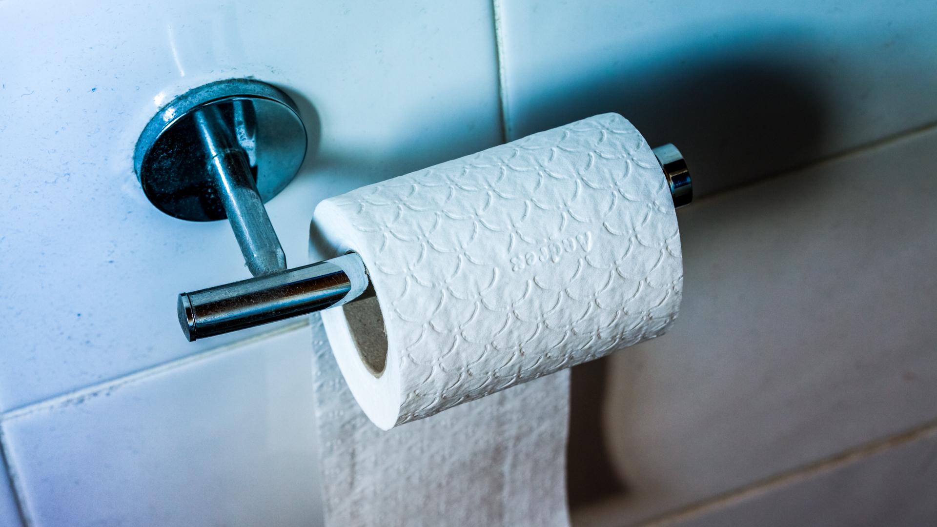 timelapse toilet paper