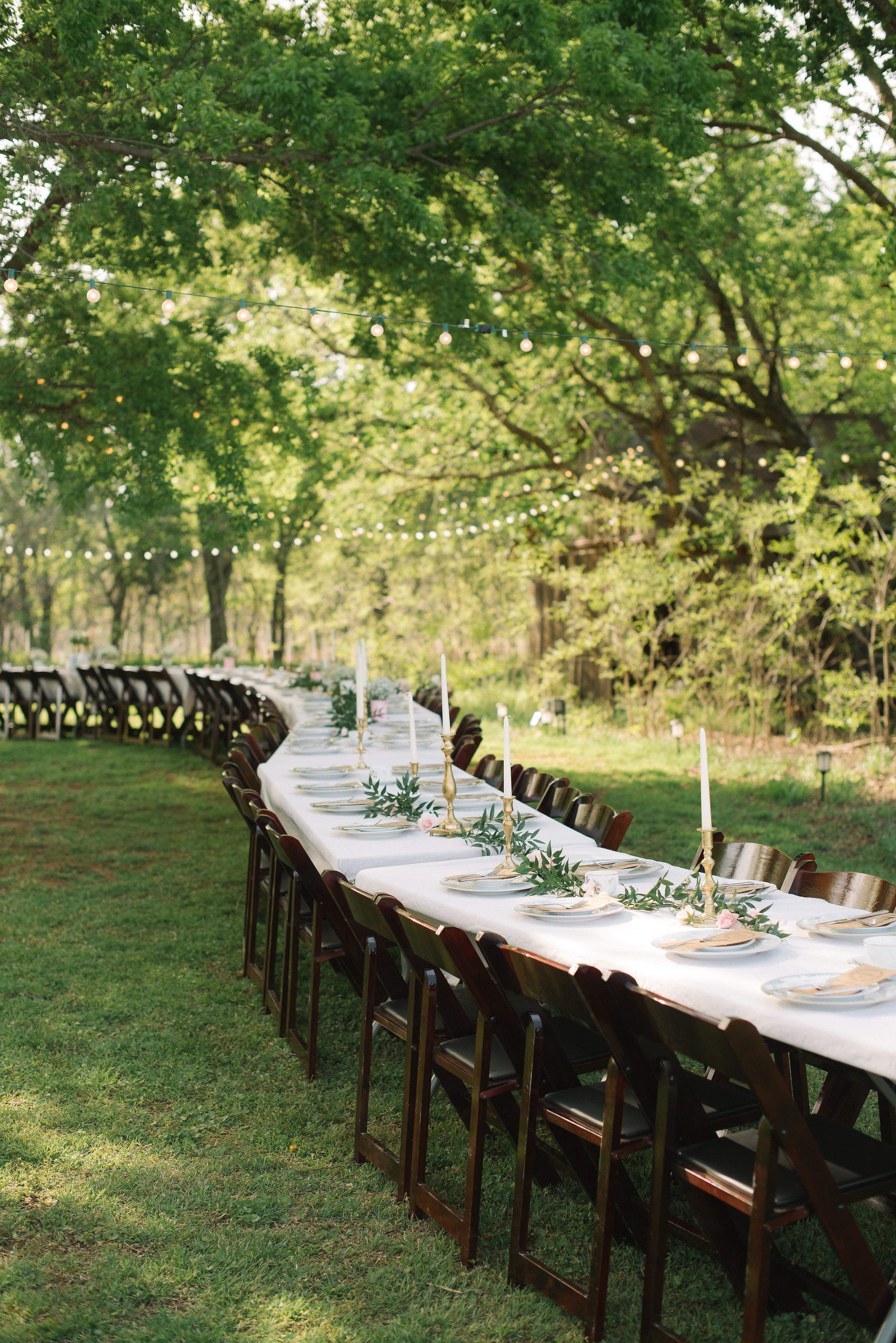 The Brumbaugh reception was just as beautiful. Long tables and elegant, gold details made this tablescape extra pretty!