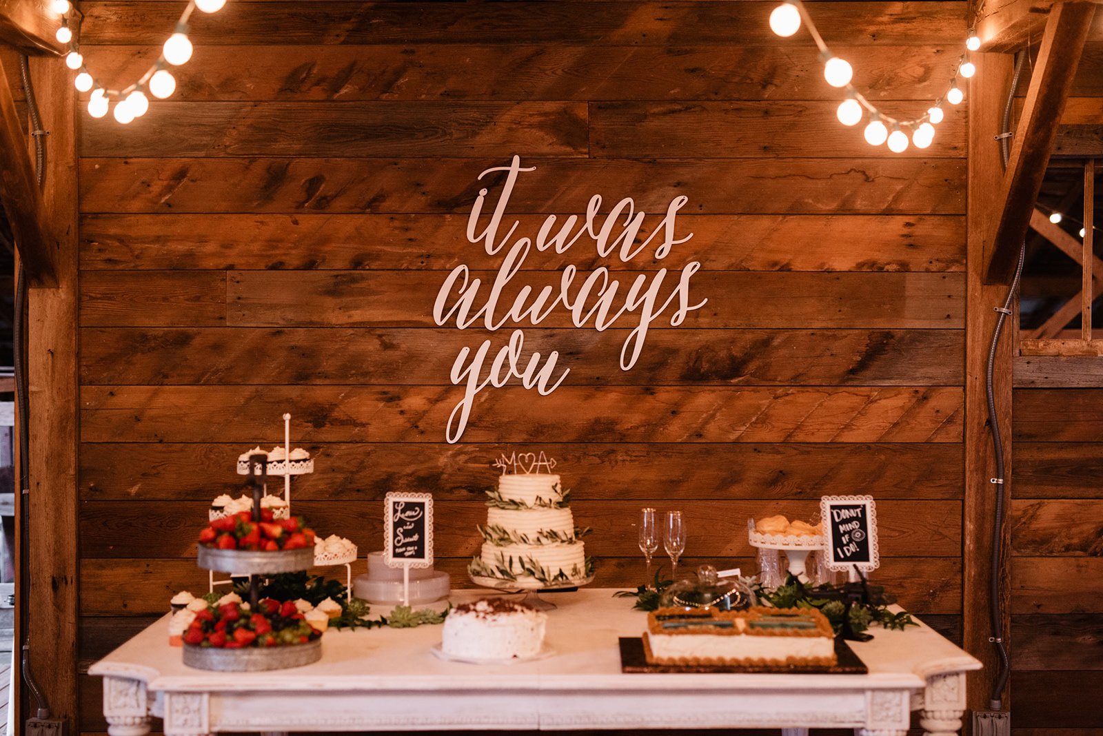 Cake Table - Wedding