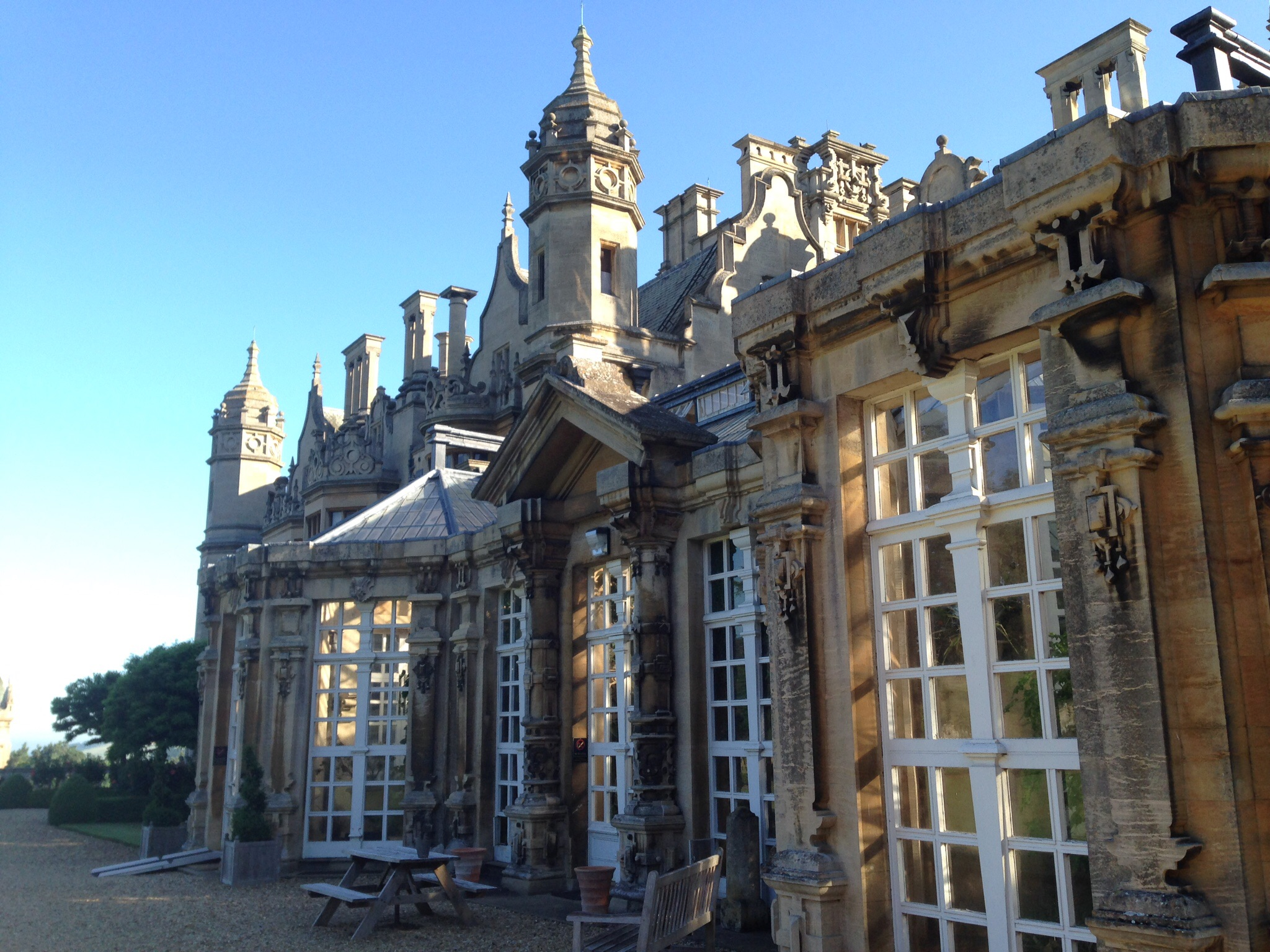 The atrium on the rear side of the Manor