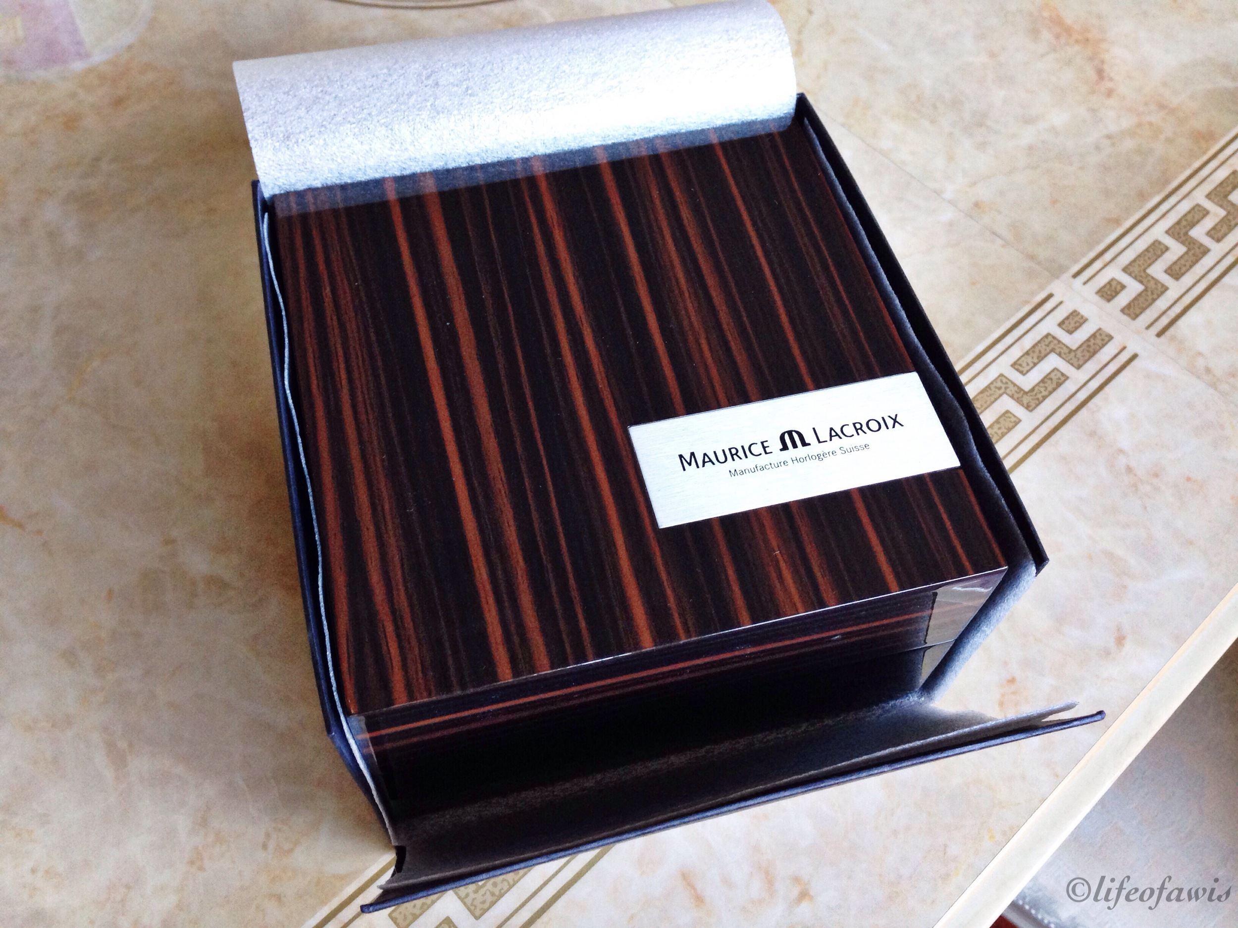 maurice-lacroix-wood-box