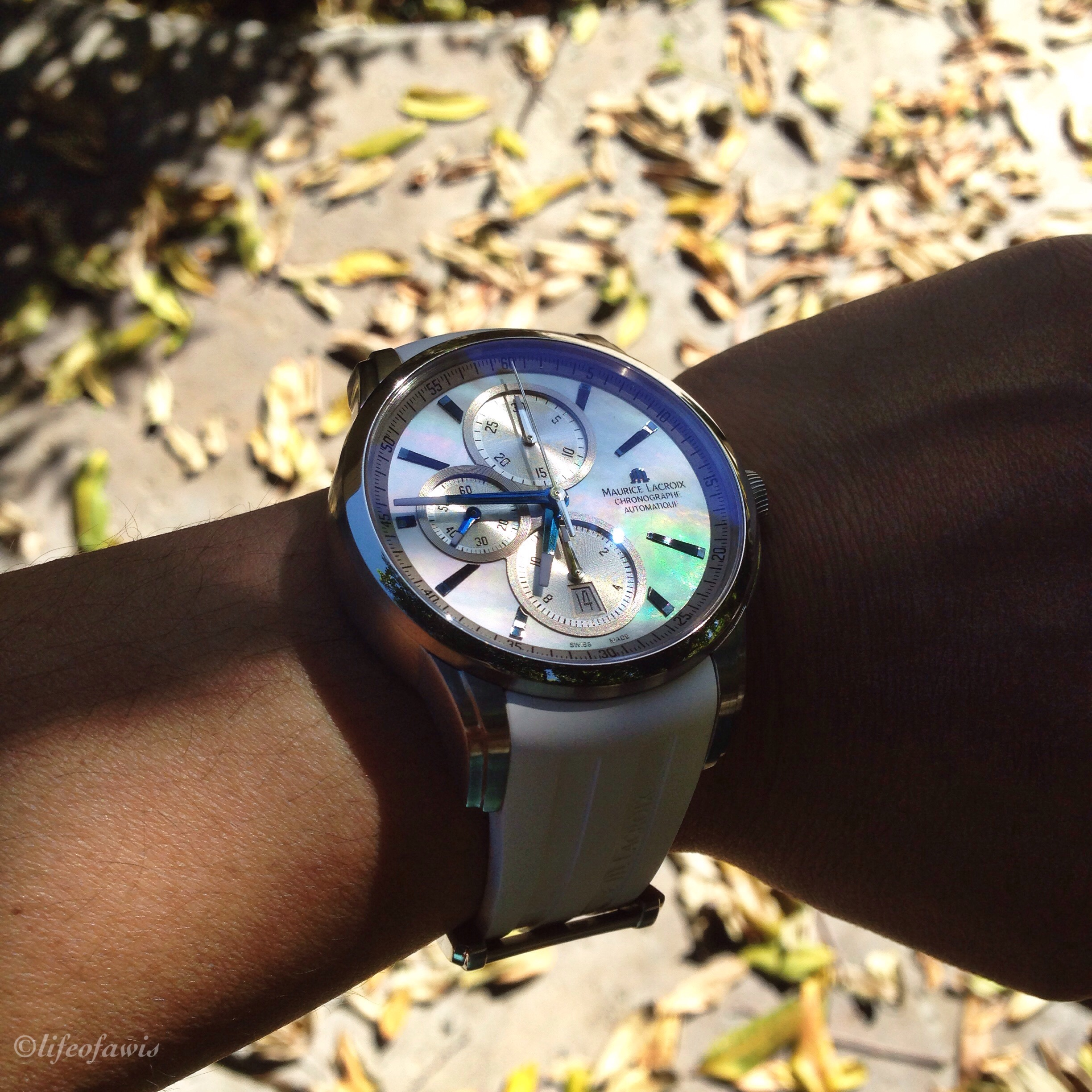 This shot shows off the beautiful mother-of-pearl dial perfectly.