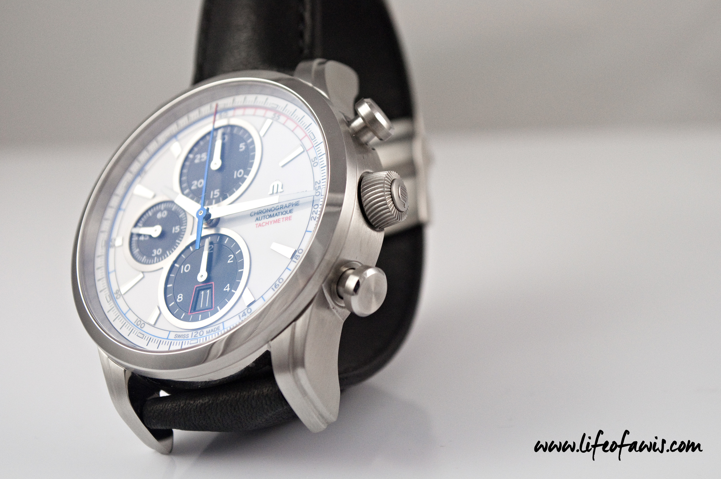 Props to Maurice Lacroix for these unique and attractive looking chrono pushers and crown.