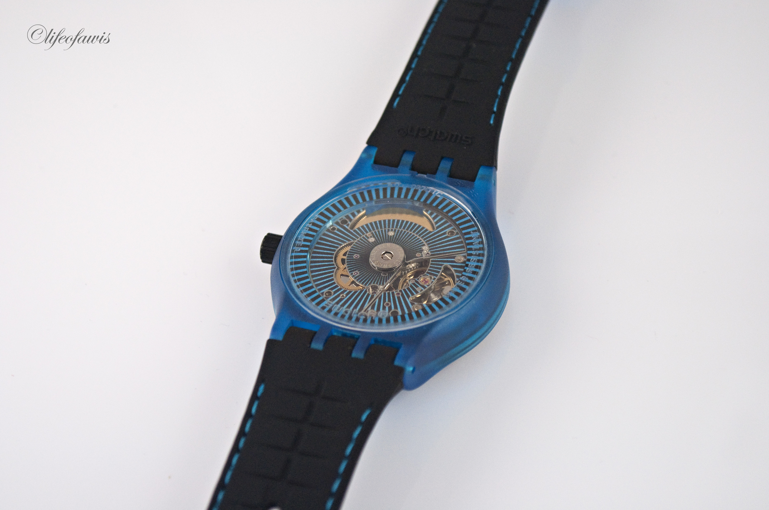 An automatic movement with only 51 parts for $150.  Need I say more?