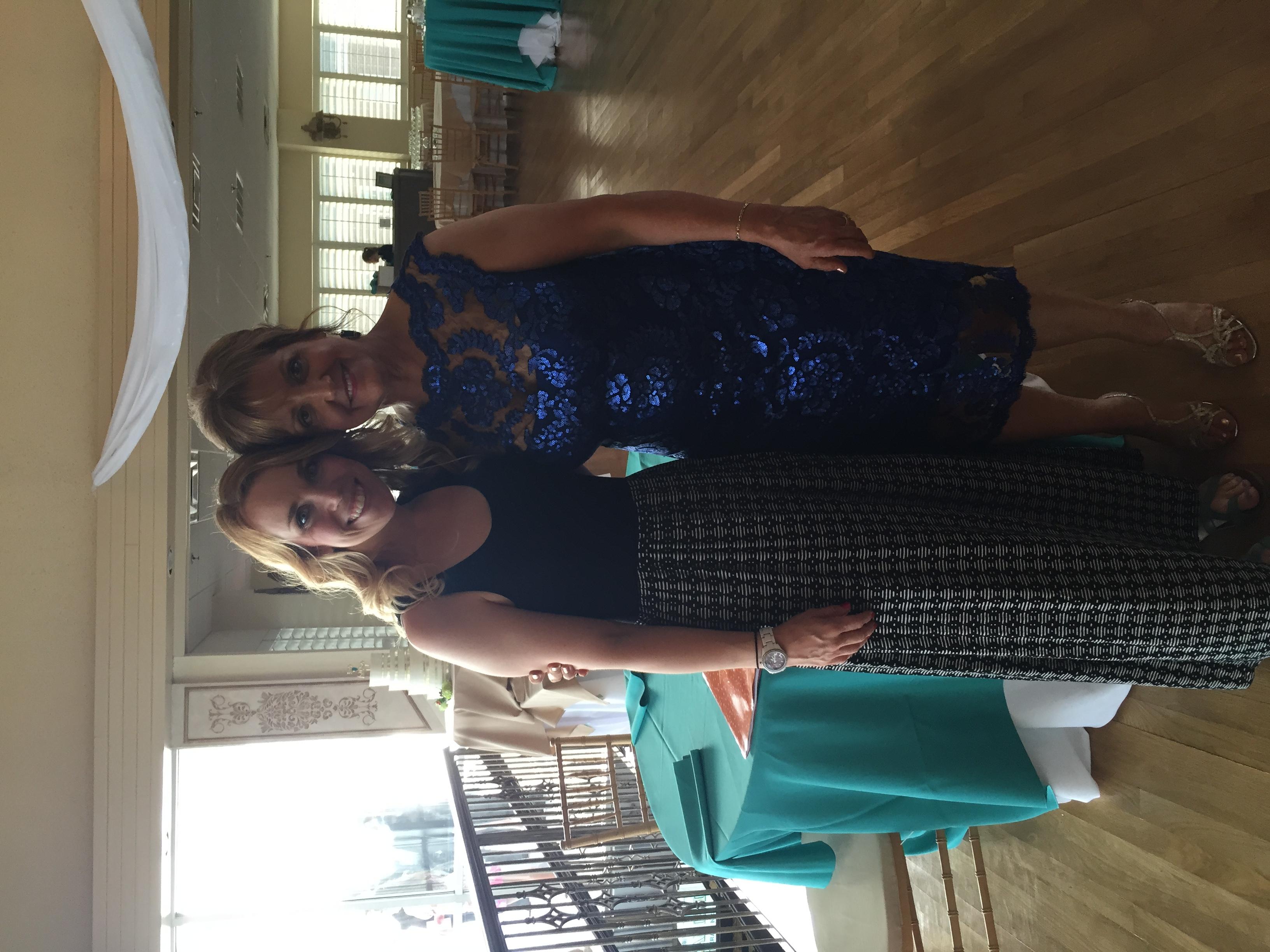Isn't Sherry a knockout!? I LOVE her dress!