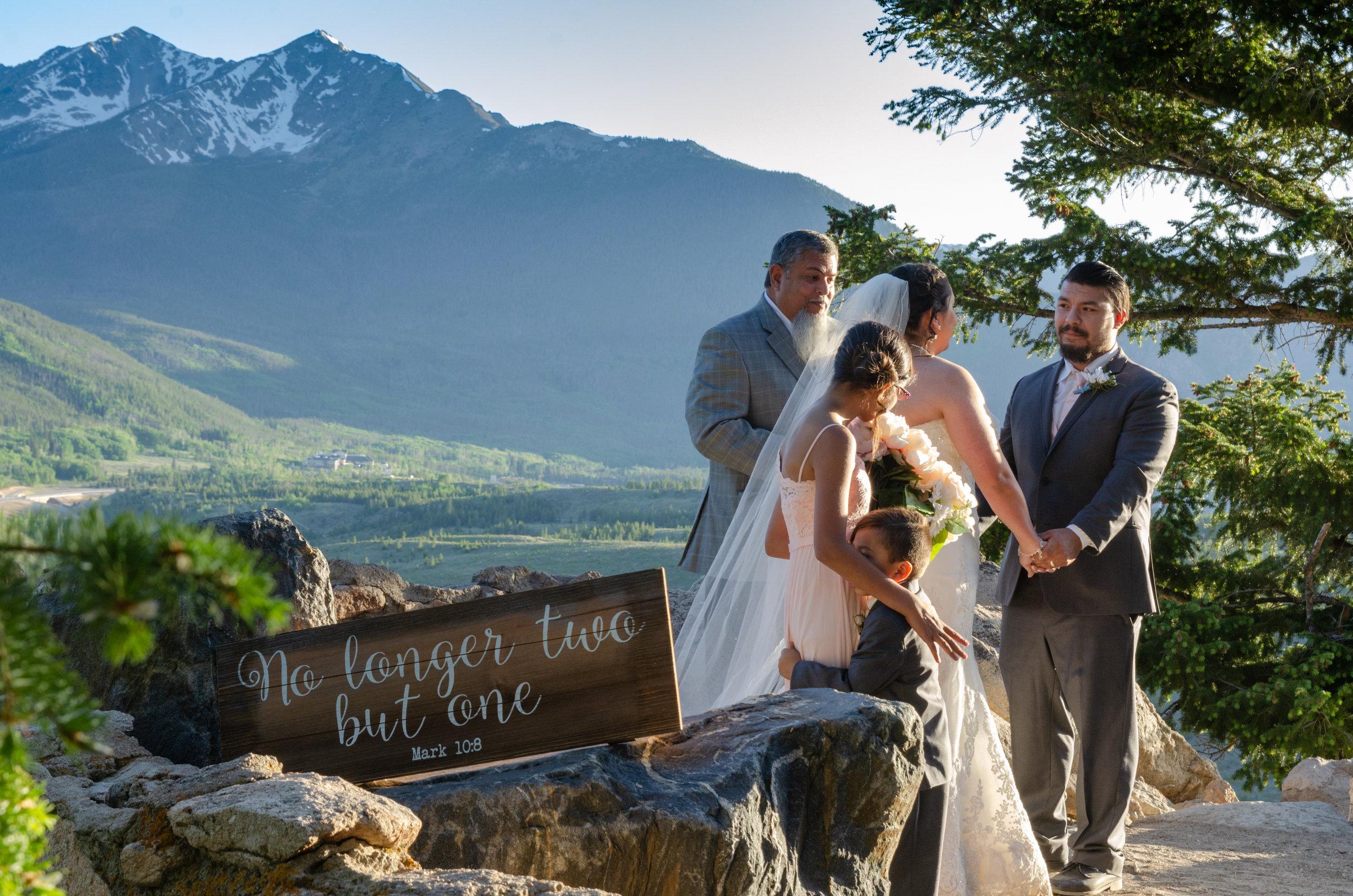 Alyssa Saphire Point Wedding-30.jpg
