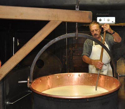 Making alpkäse on Alp Imbrig, the Pasta Shop's adopted alp