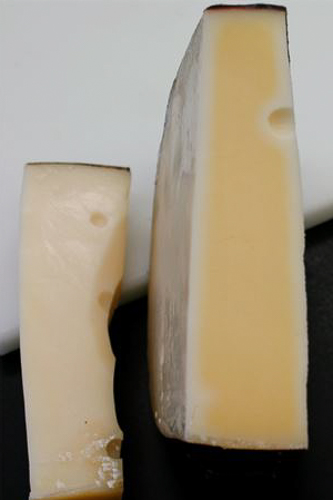 Blame the lights: damaged cheese (right)