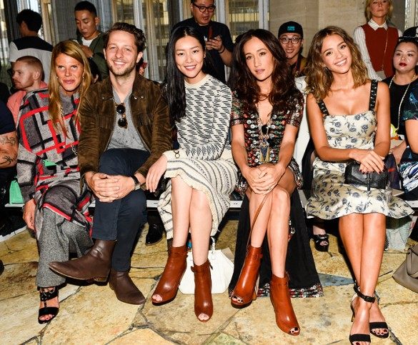 Anna Dello Russo, Derek Blasberg, Liu Wein, Molly Q and Jessica Alba at the Tory Burch Spring 2016 New York Fashion Week Show. Behind the scenes photography via Tory Daily and all images from the runway show are by Neil Rasmus for Billy Farrell Agency and courtesy of Tory Burch.