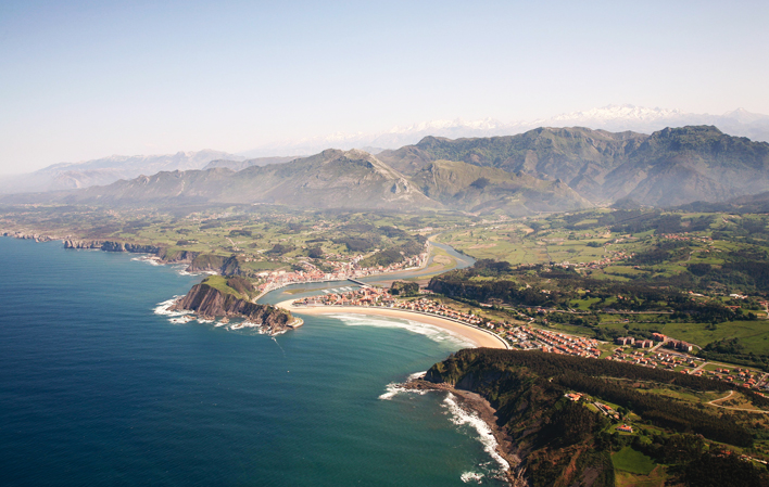 Photo of Ribasdesella via  Turismo Asturias