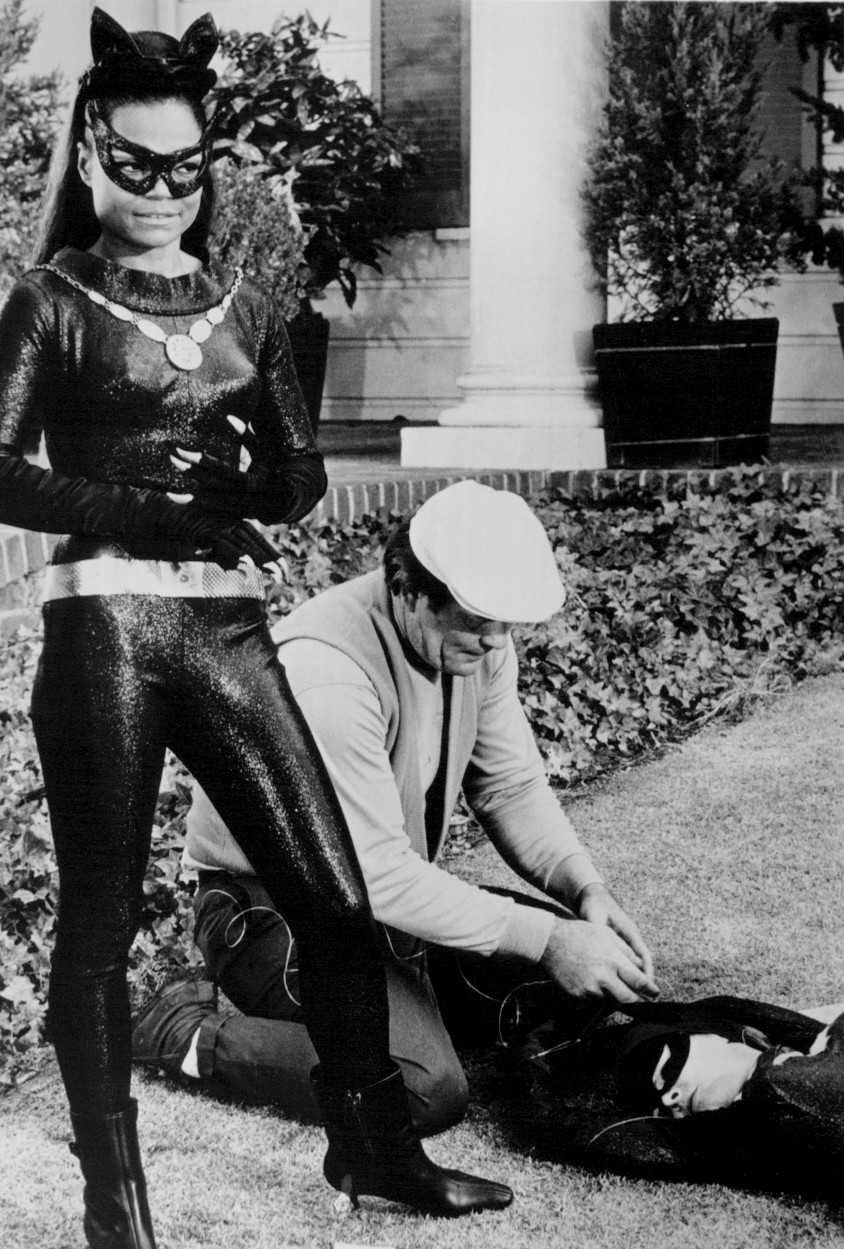 Eartha_Kitt_Yvonne_Craig_Batman_1967.jpg