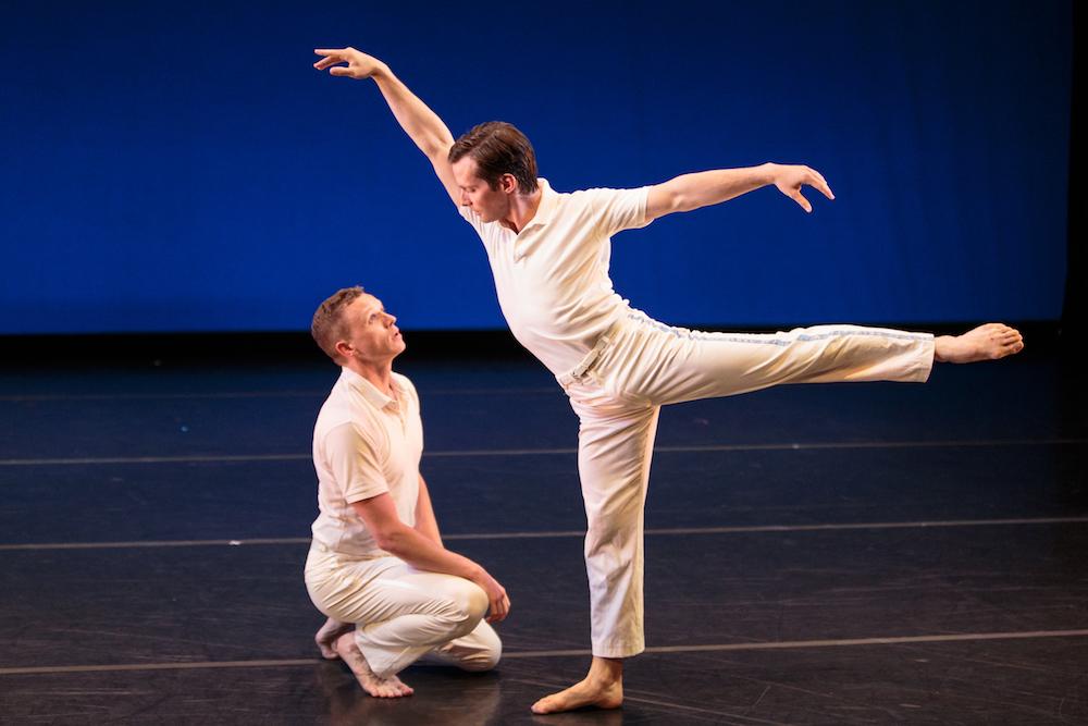 Tobin Del Cuore and Garrett Anderson in Lar Lubovitch's  Concerto Six Twenty-Two .