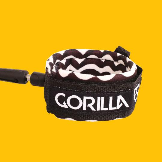 Gorilla_waves_leash2.jpg