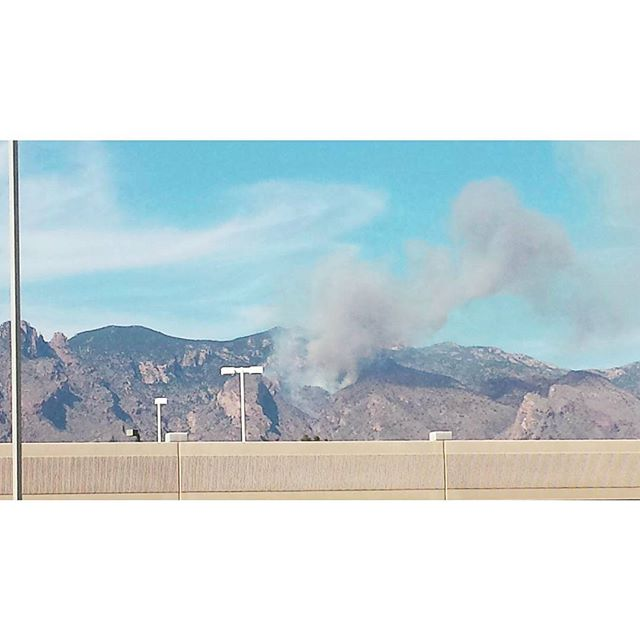 Another #forestfire #fire on #mtlemmon in #tucsonaz  Why don't yall listen to #smokeythebear
