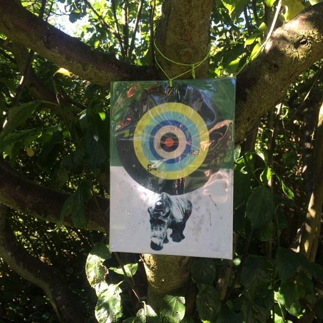 Hanging there since #summer #stillgoingstrong #auntsally #texogjack #armedwithscissors #art #illustration #poster #plakat #vigørkødbyensjovere #shootmeifyoucan