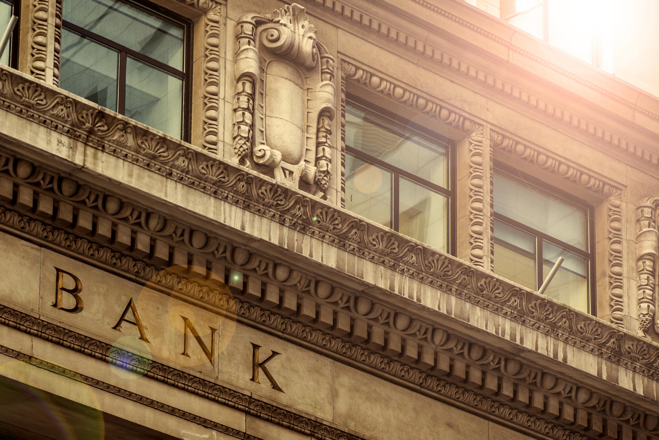 commercial banking advisors