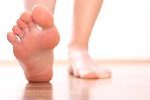 feet-causing-back-pain.jpg