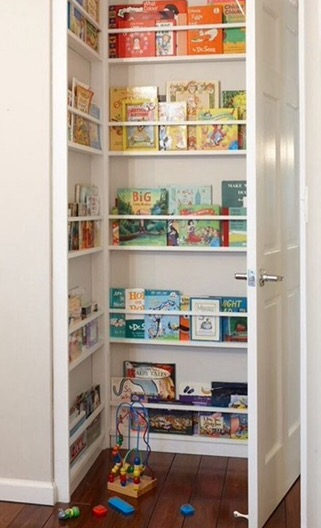 In houses of all sizes, storage is a problem, use all corners available like behind this door where you can set up narrow shelf´s for books and paintings.