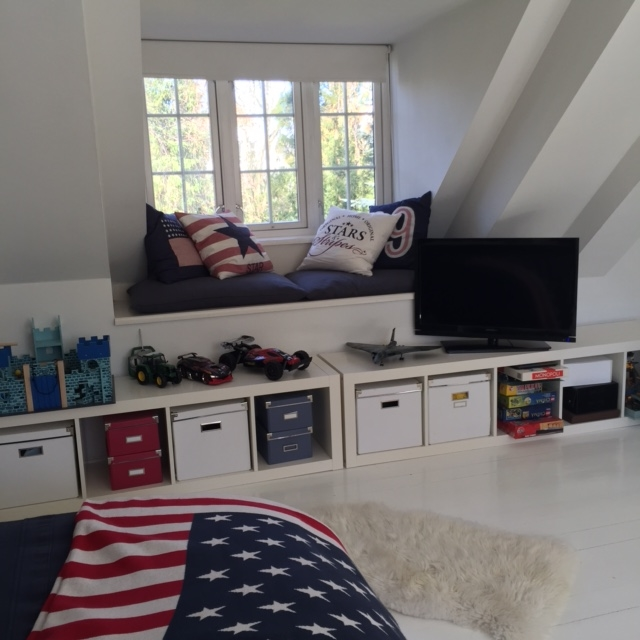 """Oliver has this amazing room with oblique or sloped wall´s which takes away some of the total area. To use as much space as possible in the lower area as """"exhibition"""" and storageI have chosen a classic   IKEA   shelf, turned it around to use it horisontal."""