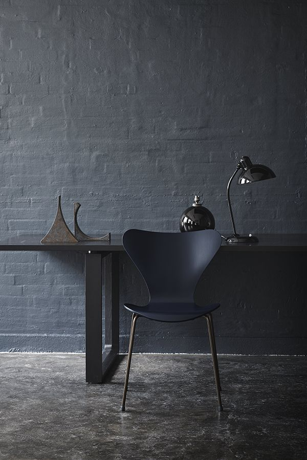 Arne Jacobsen   The ´7   special edition in black with black legs. So much more amazing than the traditional one with steel legs.