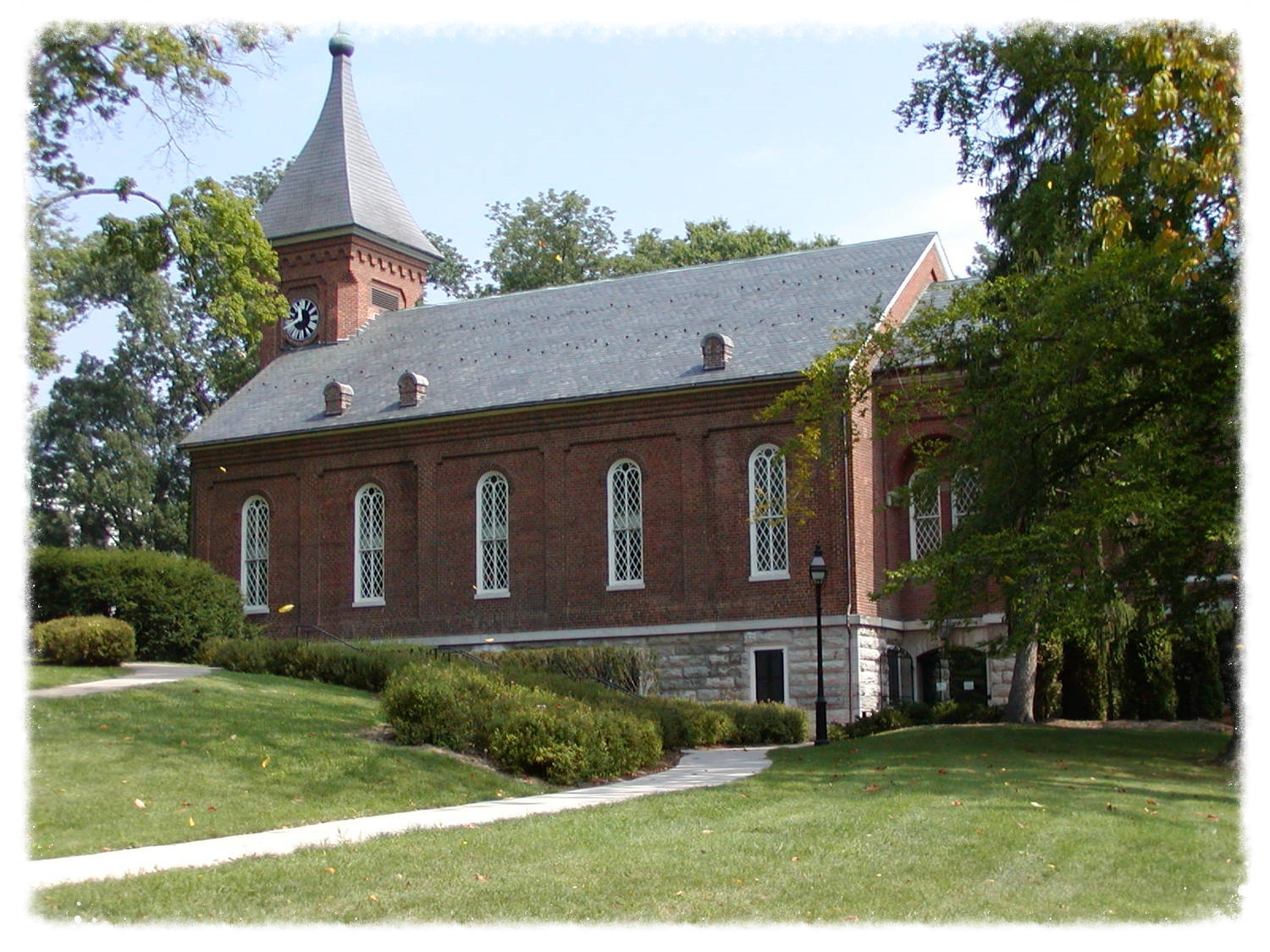 Lee Chapel on the campus of W&L University