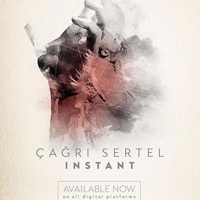 """Sevgili dostumuz @cagrisertel in albümü internete düştü. Güzel bi haftasonuna güzel bir albüm. Afiyet ile dinleyiniz efendim ;) ・・・ """"Instant"""" bütün dijtal platformlarda!.. 🤘🏽🎉😊 #volkanoktem #volkanhursever #sarpmaden #enginrecepogullari #cagercag #cagrisertel #cagrisertelinstant #kabaklin"""