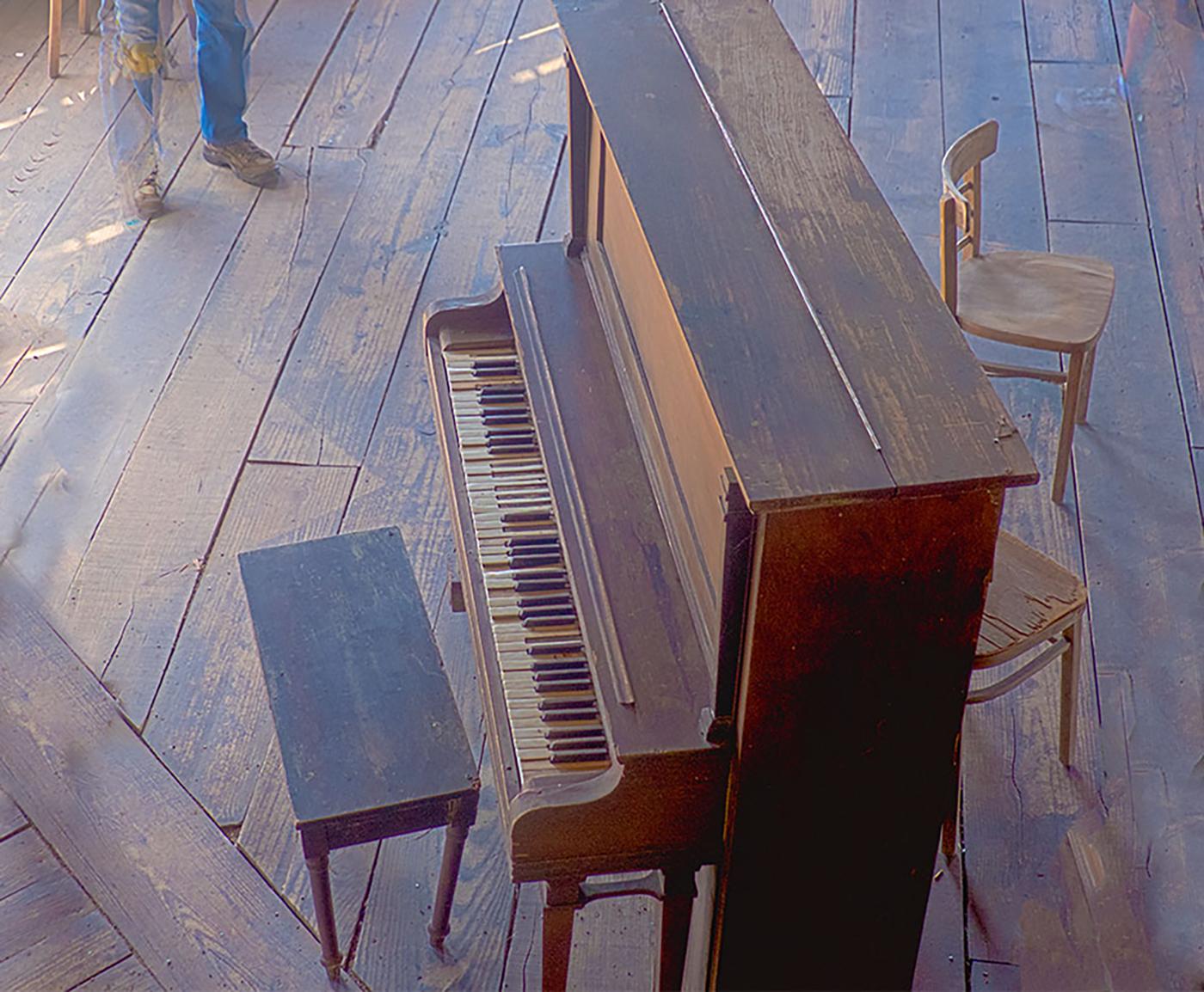 (c) Joyce Saler