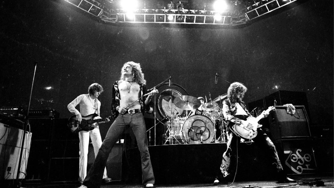 Zeppelin_Live.jpg