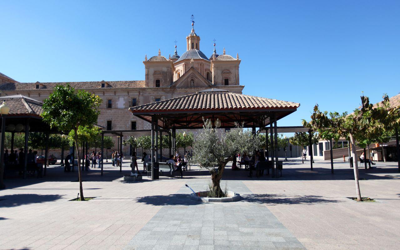 azul universidad plaza cloustro (1)_result.jpg