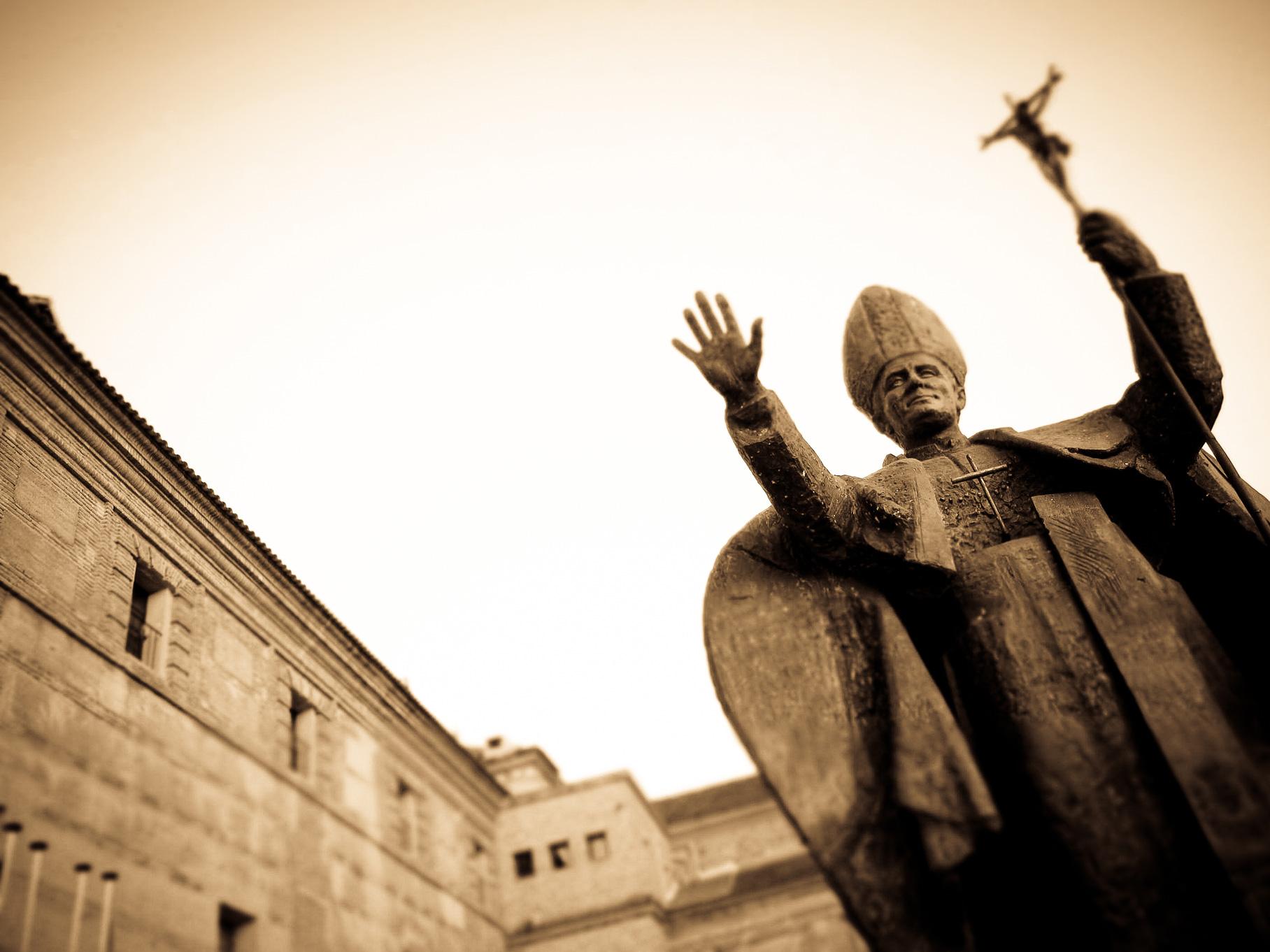 bienvenida-estatua.jpg