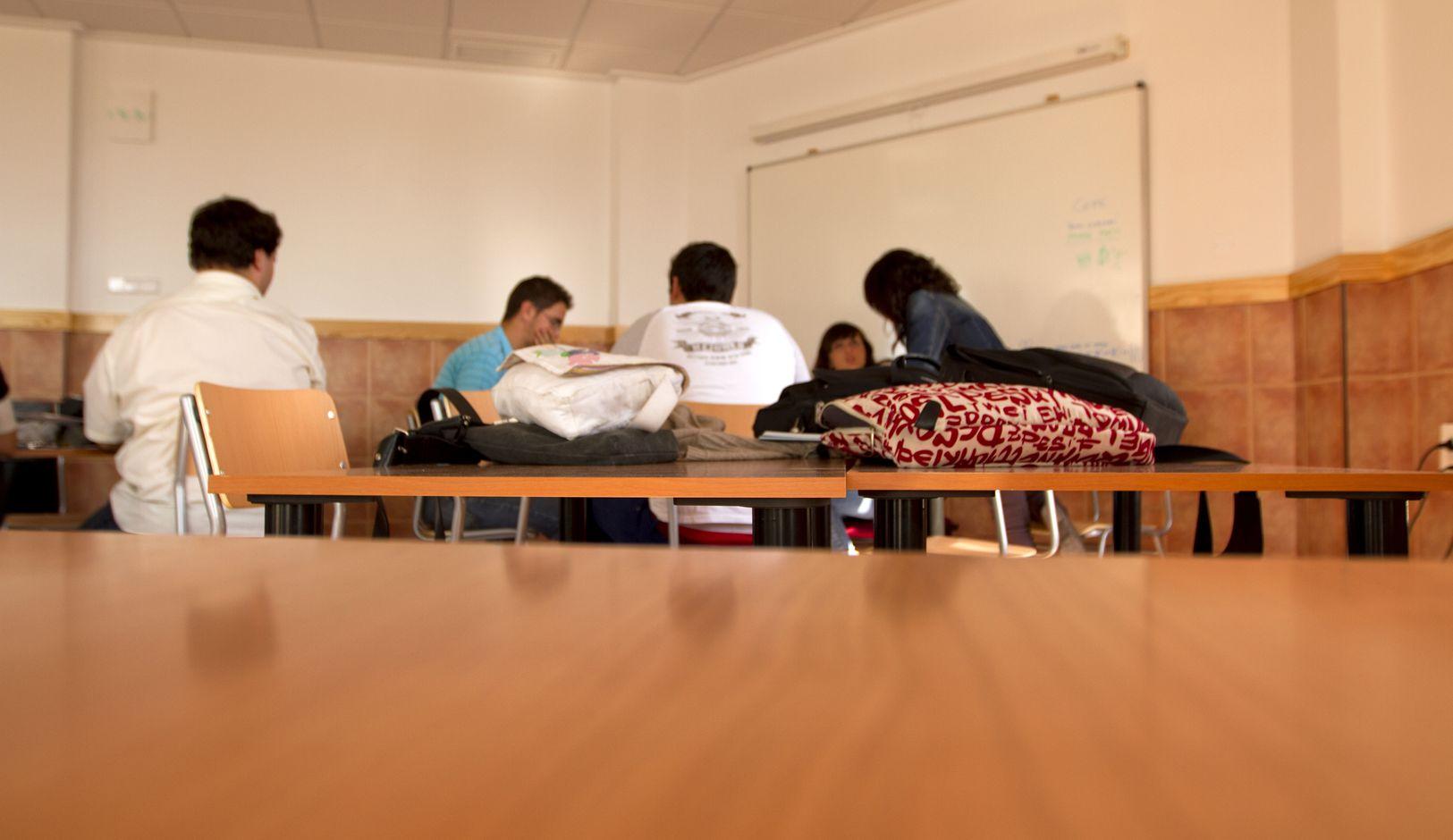 estudiantes practica arquitectura mesa 1_result.jpg
