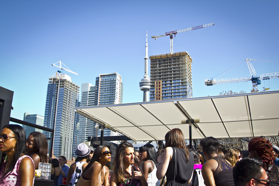 2014_05_24-daydreams-cube_rooftop_patio-019.jpg