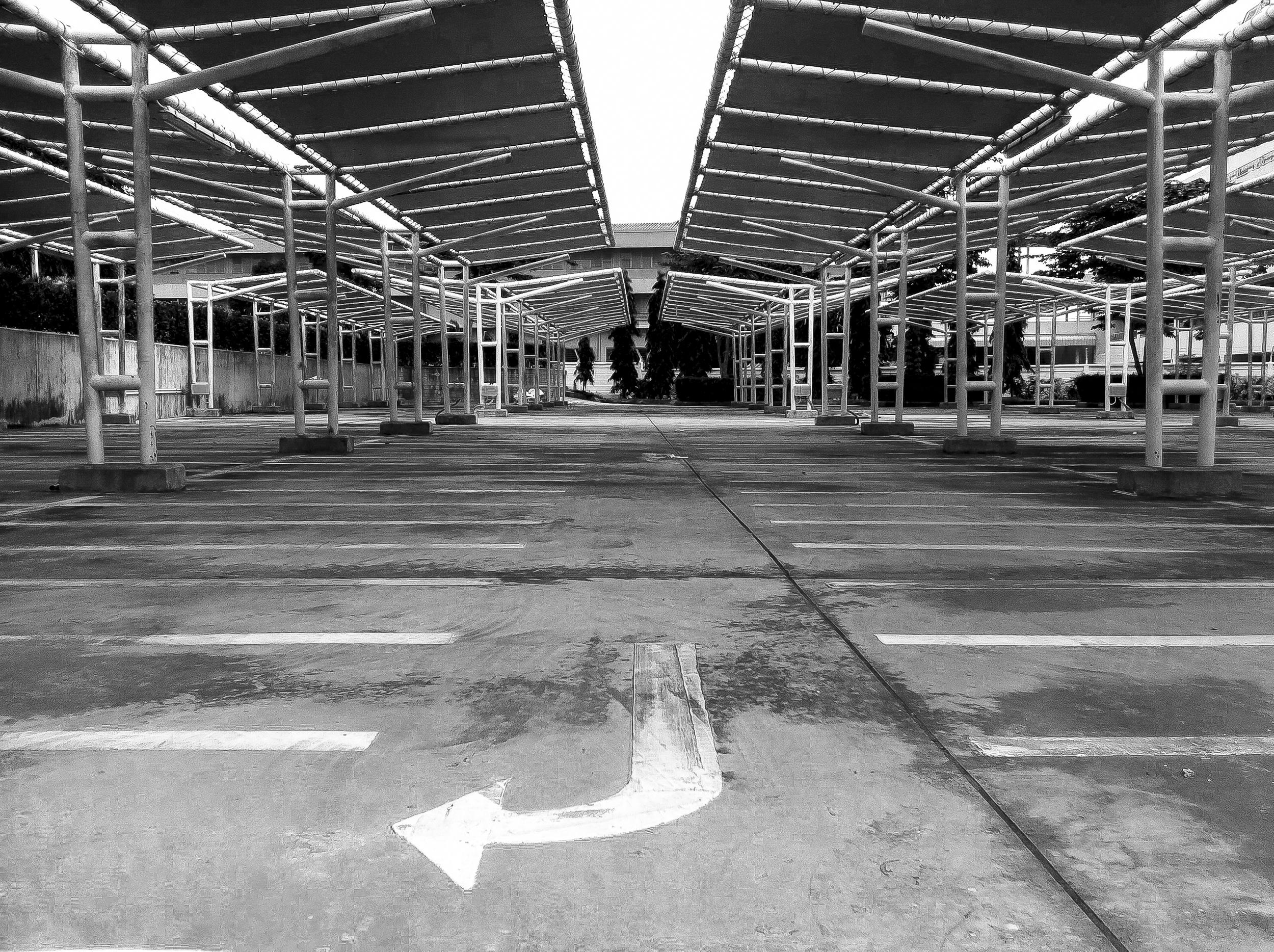 thai-parking-lot.jpg