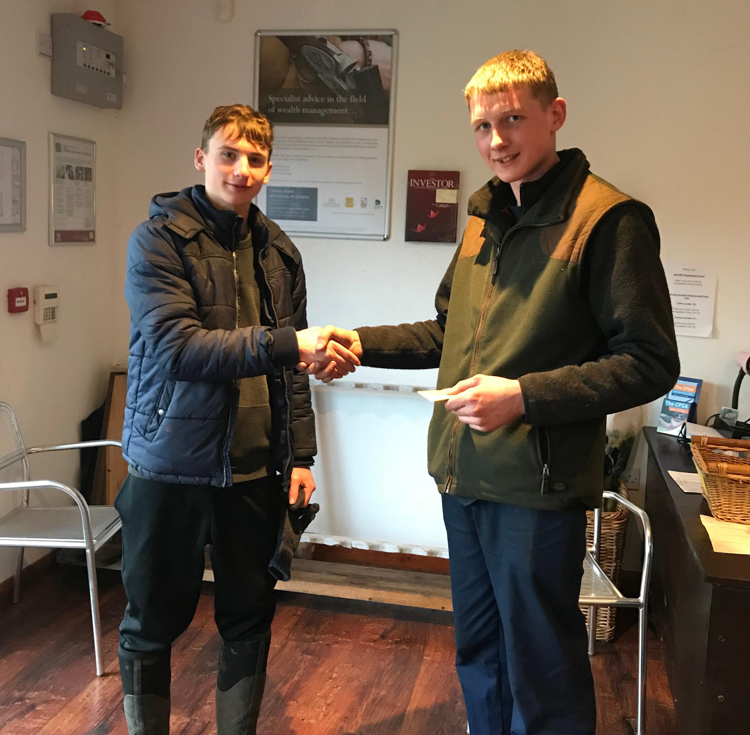 CLASS A WINNER 4TH FEB 2018, SAM NUNN RECEIVES HIS AWARD FROM GEORGE HOWLING