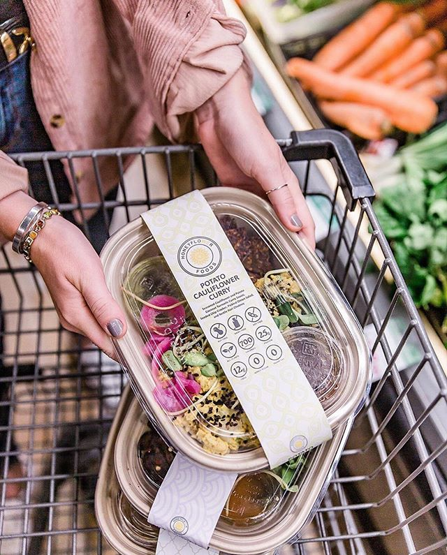 What's motivating you this Monday? For us, it's @honeyflowerfoods ! They create fresh, eco-friendly packaged grab and go meals every day and deliver them across the DMV! We're so excited to partner with them to serve our Good Food Market community with their healthy, sustainable meals! #motivationmonday 📷 : @honeyflowerfoods