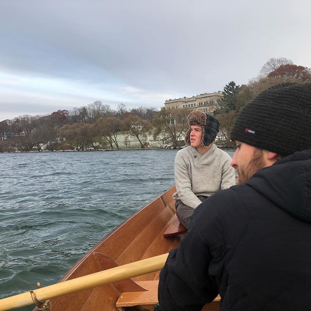 Frigid lake row views with @haydendraws12 and @buskenjovanovich. Big fun is made more funner when your surroundings can literally freeze you to death. When the sun sets at 4:30 you have to get ahead of the curve. #lakerow #dory #noreaster #rowing #cold #lakegeneva #sunsetis430wtf