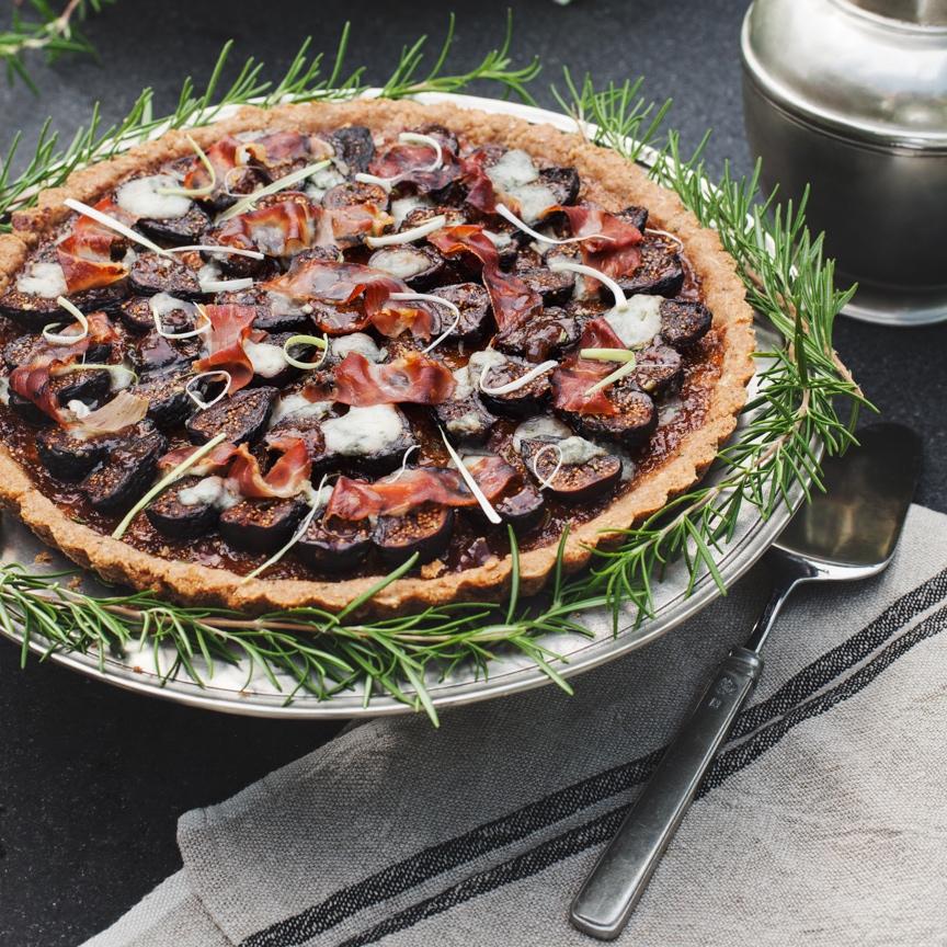 Roasted Fig, Gorgonzola & Prosciutto Tart