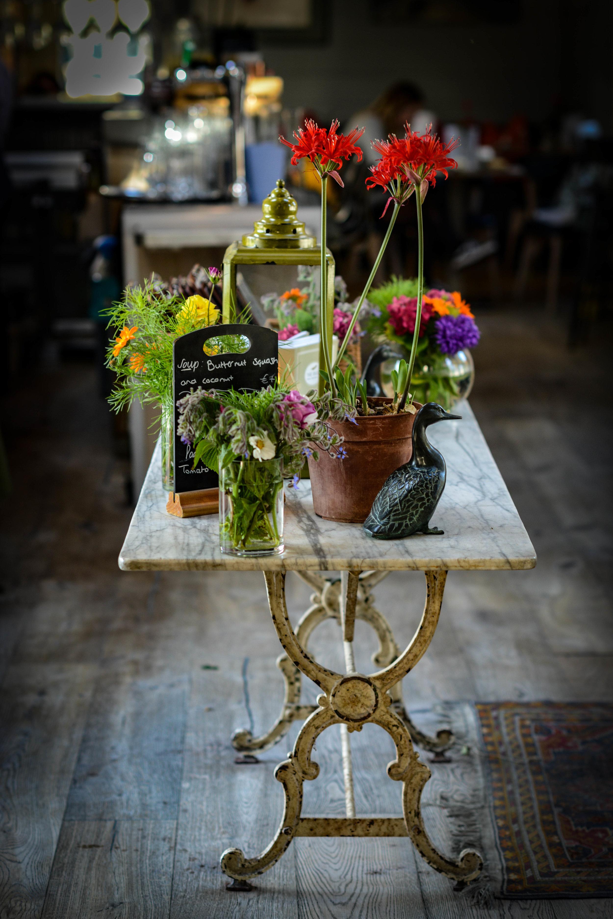 Marfield_House_Duck_Weston_Table.jpg