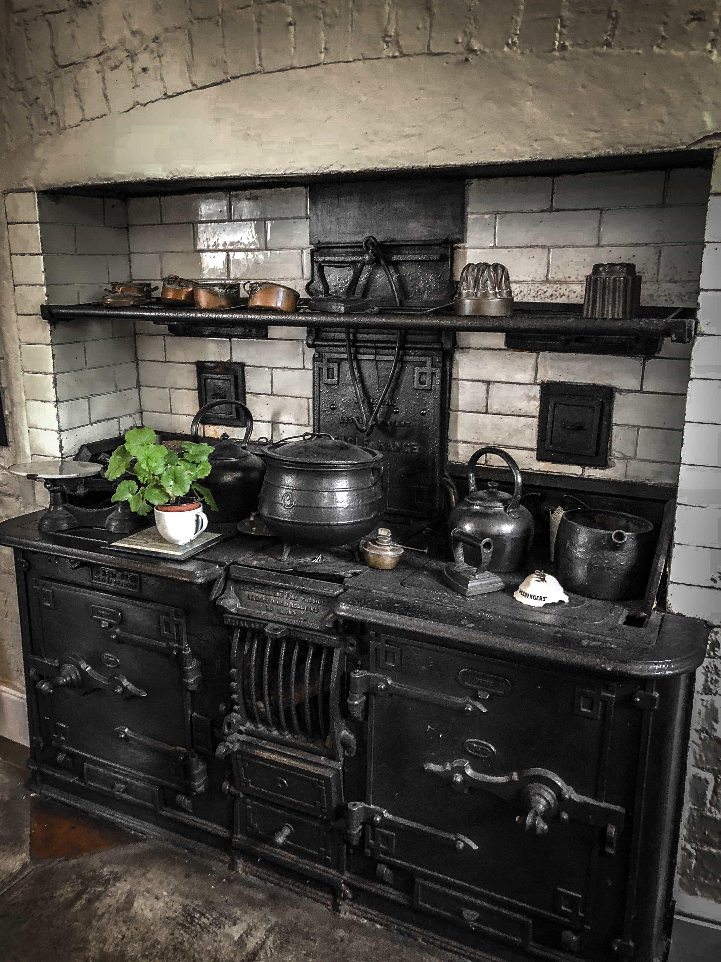 Bantry_House_Kitchen_Weston_Table.jpg