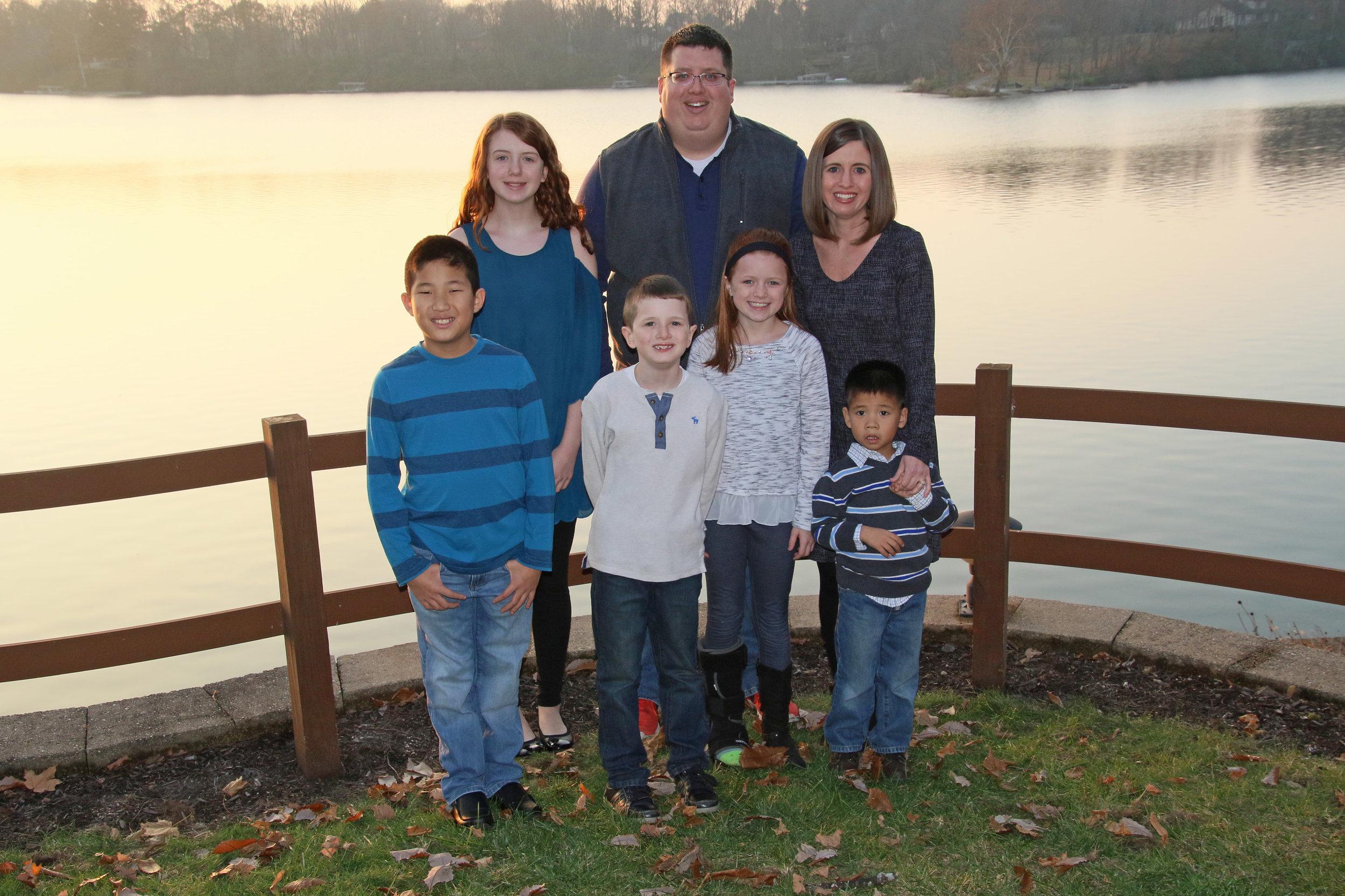 11-22-2018 Thanksgiving Family Photos (6b).jpg