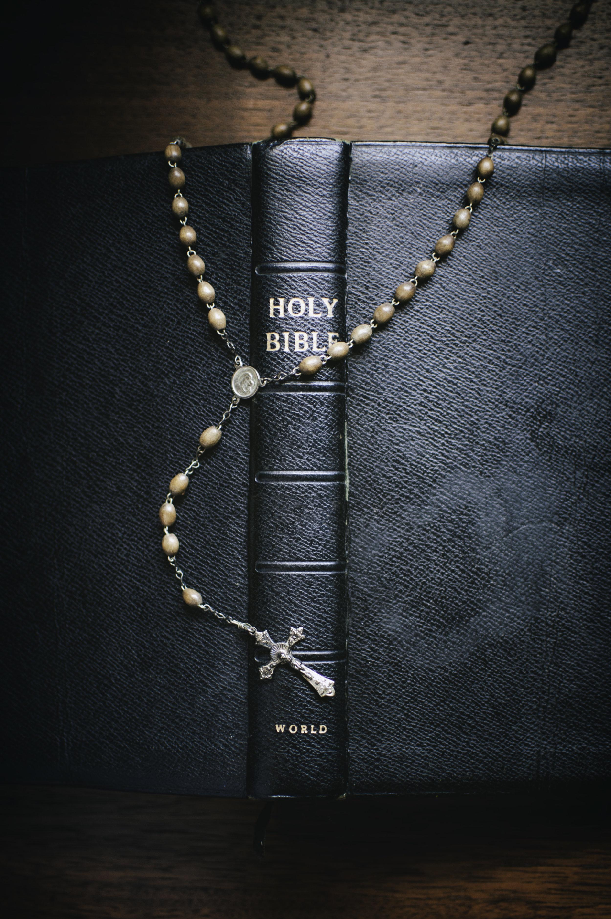 Objects_Bible001.jpg