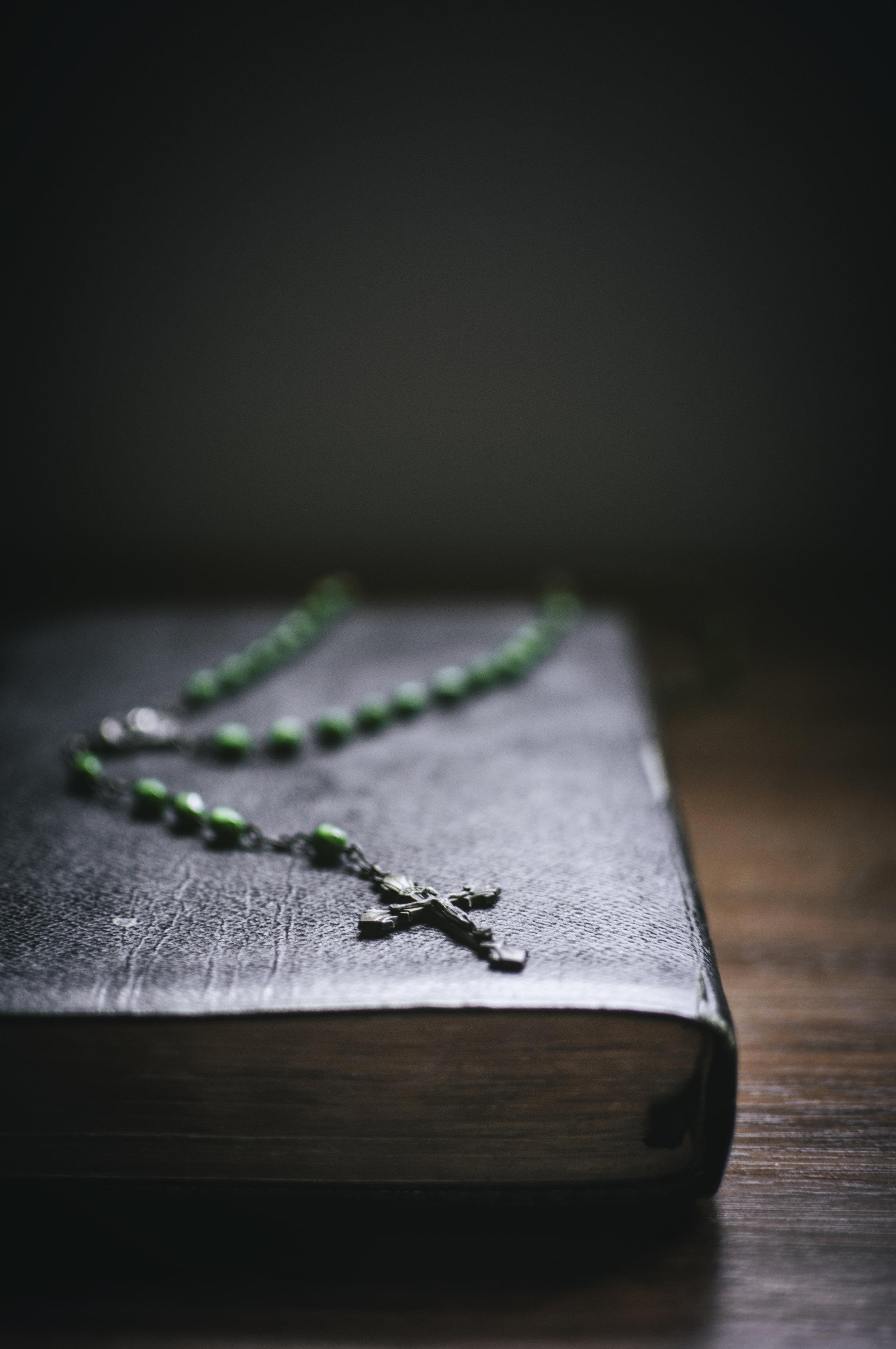Objects_Bible018.jpg