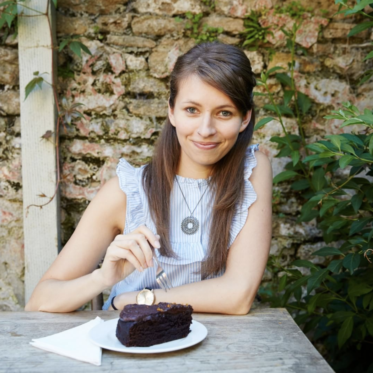 Milda Elena - Nutritional Coach   nutritionpath.co.ukWENT FROM STRUGGLING IN HER BIZ, TO:✨Booking 13 Discovery Sessions in one month alone. (!!)✨Selling her most expensive package EVER.✨Getting quality clients she LOVES working with, who are committed and eager to learn.✨Transforming her money mindset, and getting the confidence and self-belief to get out there and do it!