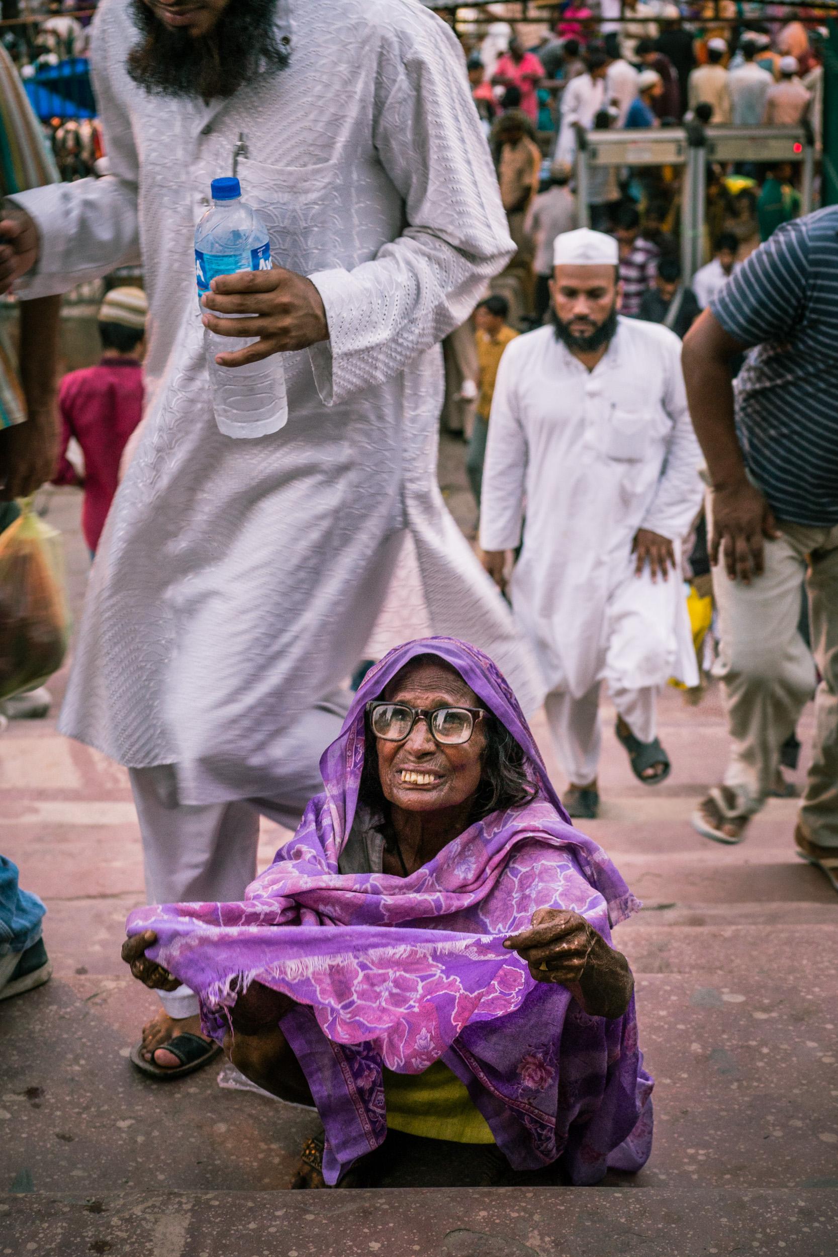 _25 Old Woman beggar Delhi India.jpg