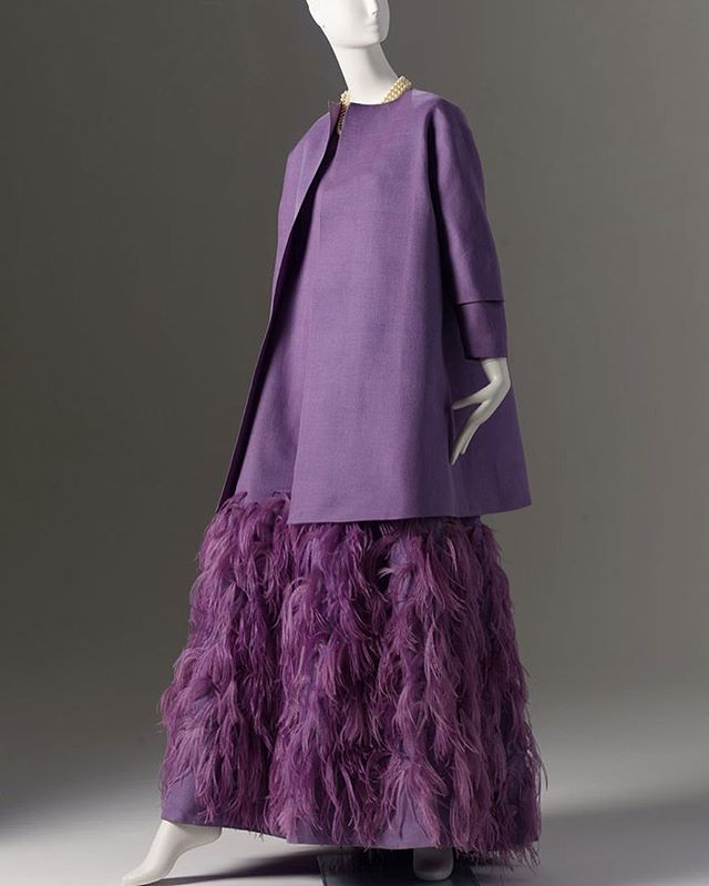 We're saddened by the news of #hubertdegivenchy passing today. Hubert de Givenchy is a legendary influence on fashion and Phoenix Art Museum's permanent collection. Our organization is proud to support and celebrate the work created by this prolific designer. A favorite piece and memory of Givenchy is this lavender ostrich feather dress that was on view in @phxart's Ann Bonfoey Taylor exhibition. The extraordinary gown was custom made for Mrs. Taylor in the early 1960s. Photo by Ken Howie.