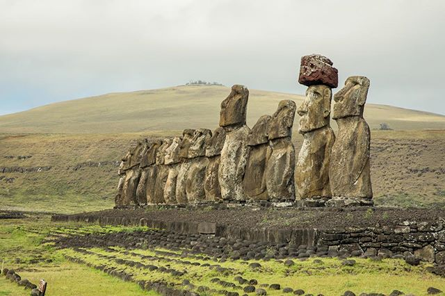 Ahu Tongariki!! The largest and most impressive Ahu on Easter Island! #akprivatejet @aktravel_usa . . . . . . . . #moai #travel #traveling #vacation #visiting #instatravel #instago #instagood #trip #holiday #photooftheday #fun #travelling #tourism #tourist #instapassport #instatraveling #mytravelgram #travelgram #travelingram #igtravel