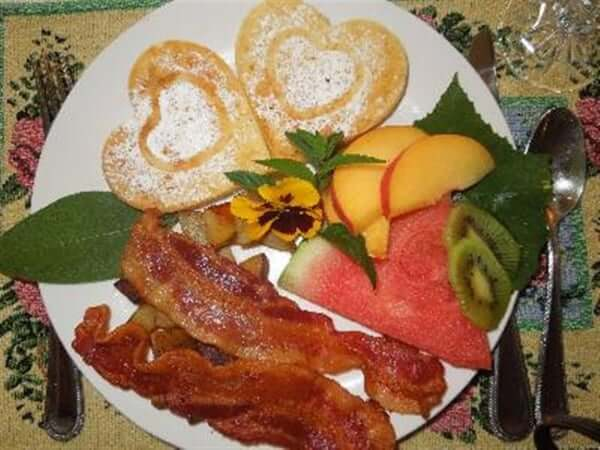 Heart shaped pancakes for breakfast