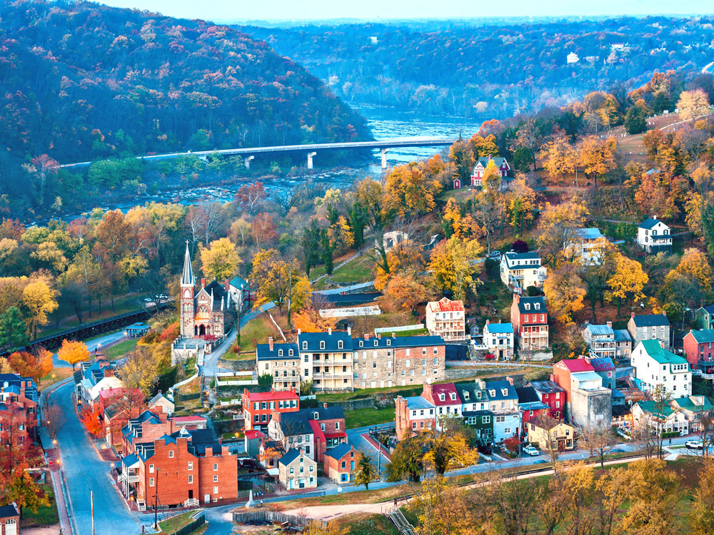 Aerial_of_Harpers_Ferry_at_Dawn-compresed.jpg