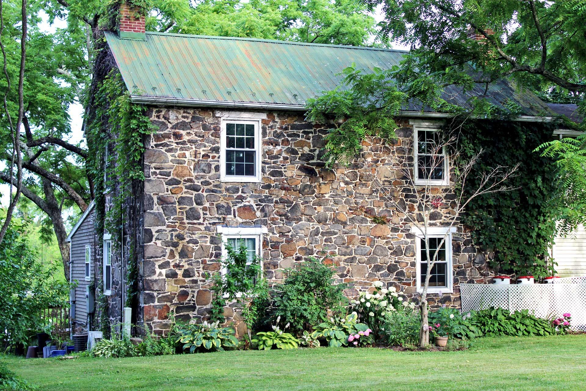 farmhouse-web-version.jpg