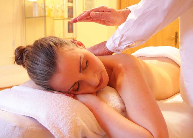 Relaxation at the Spa - Gettysburg Day Spa offers a wide range of Spa treatments for both men and women. Nothing sets the mood for romance quite like a relaxing day at the spa.